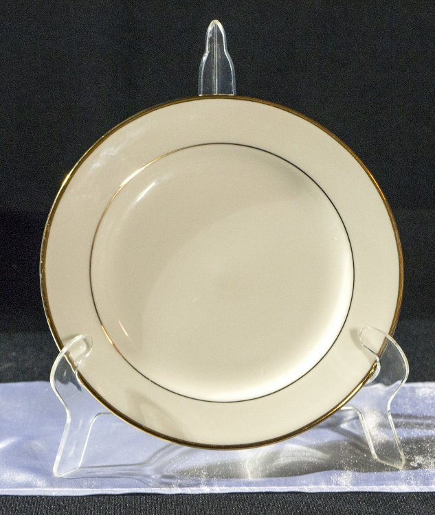 "Medium20Ivory20Plate20with20Gold20Trim 1601667325 big - Diplomat 7"" Salad/Dessert Plate"