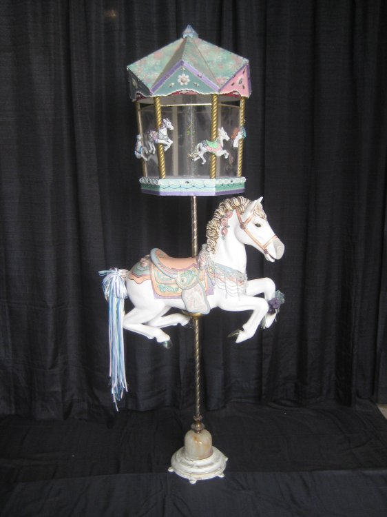 Carousel Card Holder