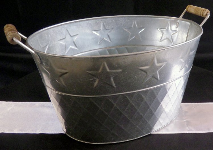 starred20galvanized20bucket201 1601050302 big - Beverage Tub Oval Galvanized