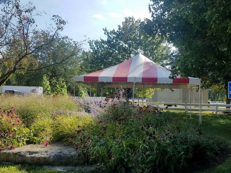 20x20 Red & White Pole Tent
